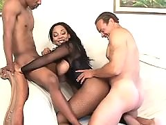 Dude checks sex skills of black BBW